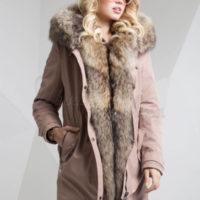 Dame parka med ægte vaskebjørn pels